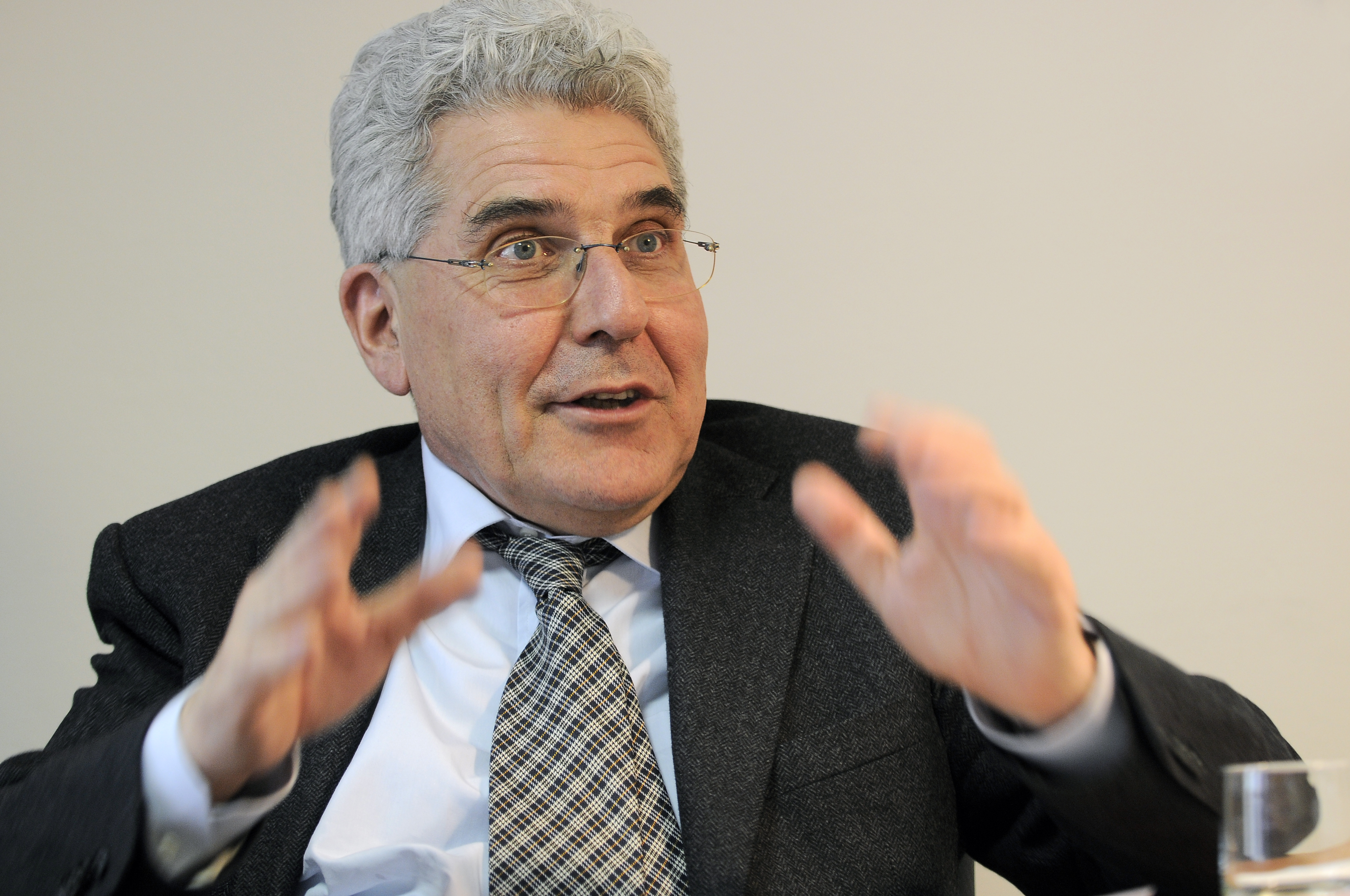 intervista del prof.Carlo Borzaga a Mac Pherson il pro. Carlo Borzaga